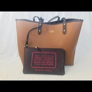 Coach Reversible 2 in 1 tote bag